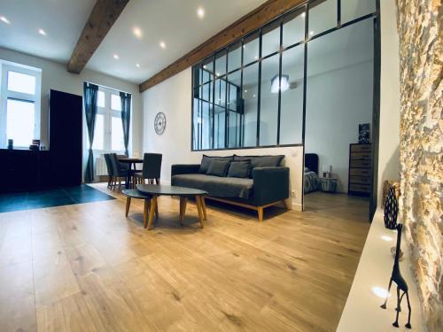 Hyper centre style atelier