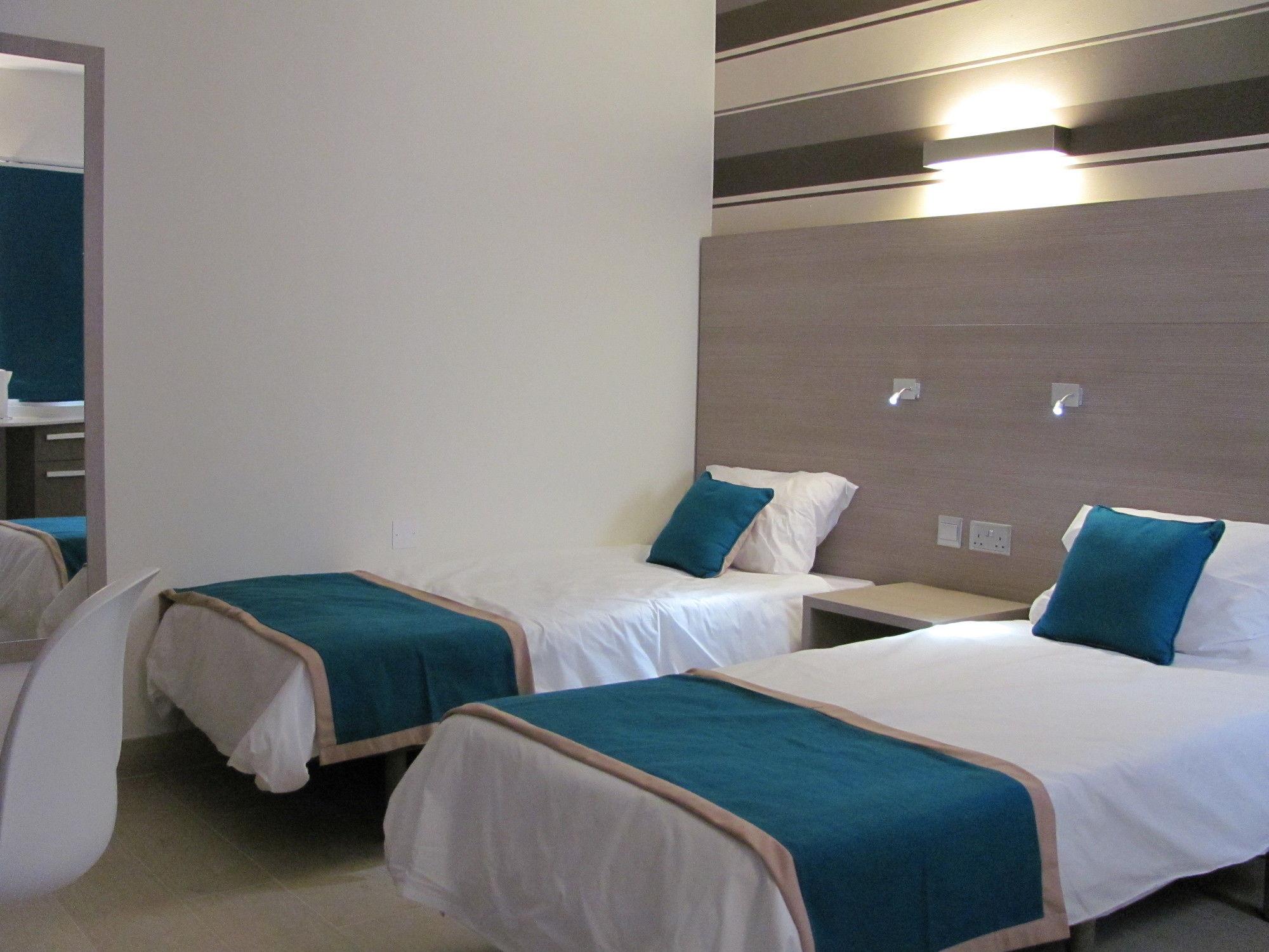 Days Inn Hotel and Residence