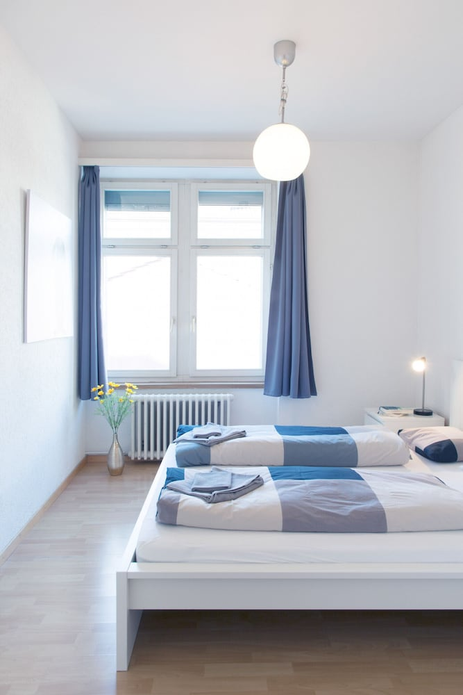 Hitrental Seefeld Kreuzstrasse Apartments