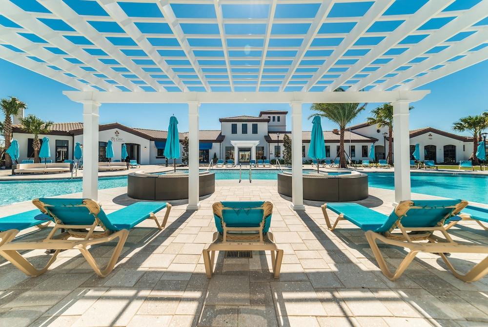 Windsor at Westside Resort by Global Resort Homes