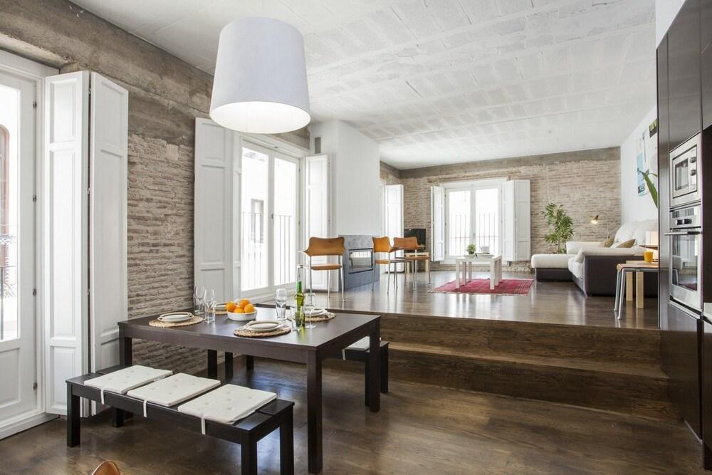 Calatrava Apartments