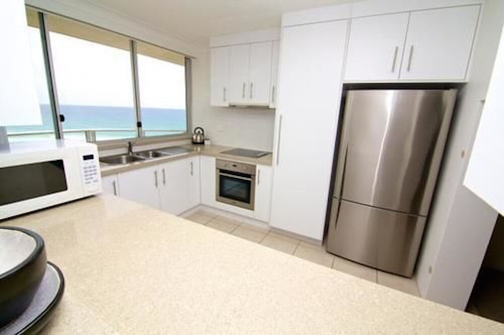 Gallery image of Hi Surf Beachfront Resort Apartments