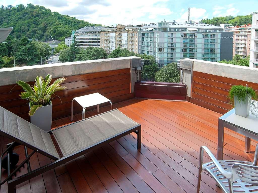 Gallery image of Hotel Silken Amara Plaza