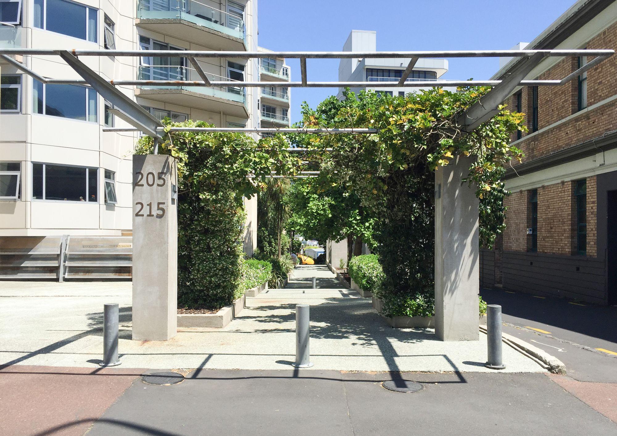 Zodiak's Luxury Apartment at Hobson Gardens