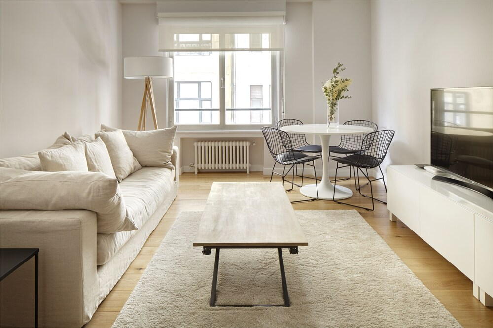 Arrasate 2 Apartment By Feelfree Rentals