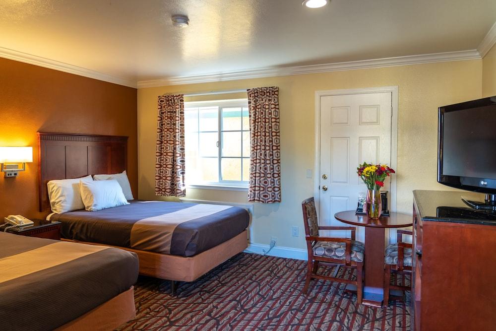 Gallery image of Seaside Inn