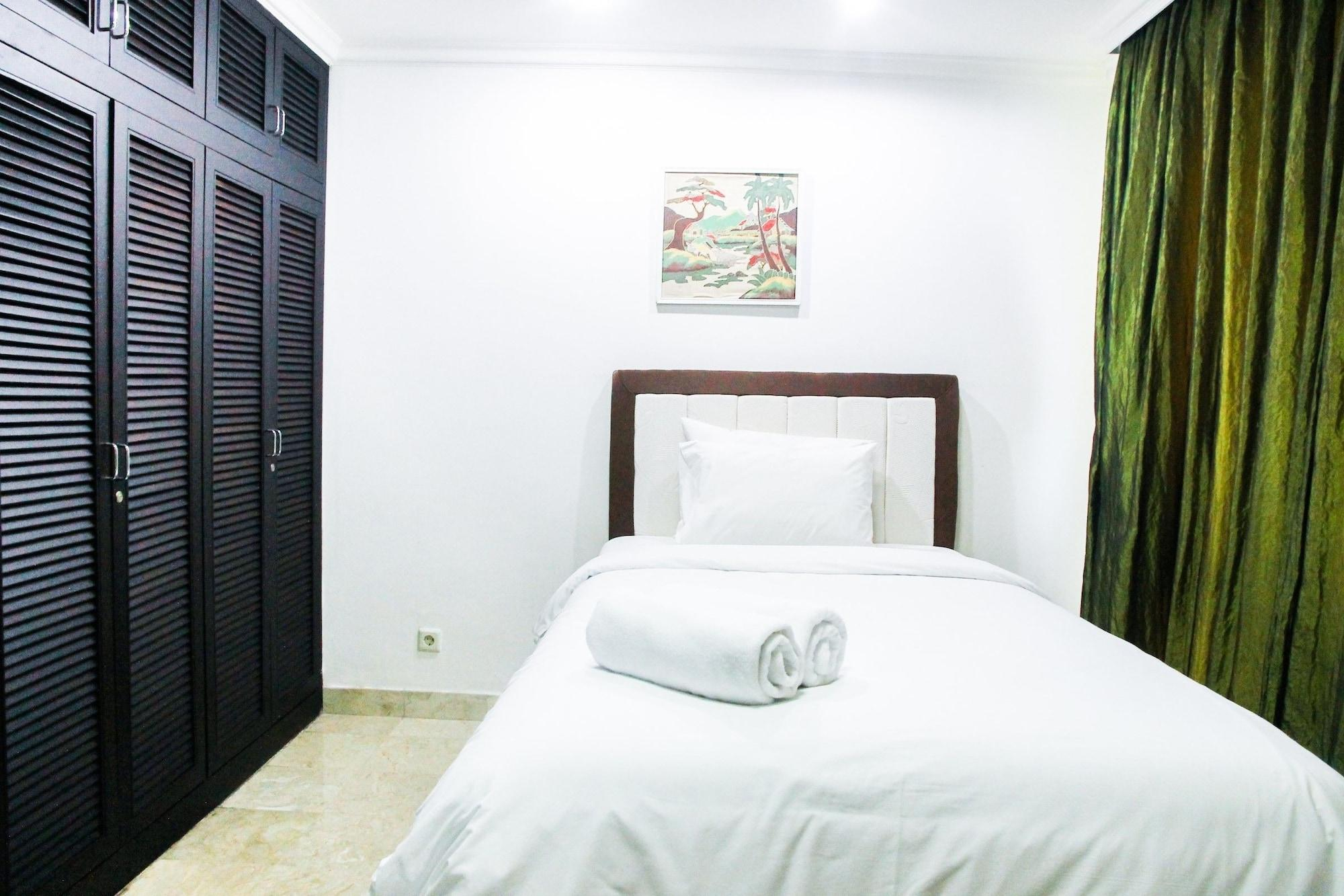Classy 2BR With Sofa Bed Park Royale Apartment