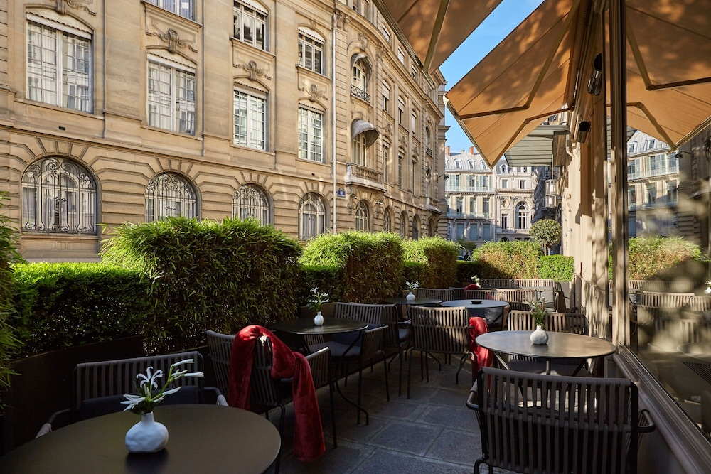 Le Pavillon des Lettres Small Luxury Hotels of the World