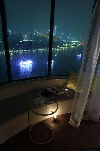Guangzhou Haizhu Locals Apartment Pazhou Canton Fair 00004470 Locals Apartment 00004470 (گوانگژو هیژو لوكالس آپارتمان پاژو كانتون فیر ۰۰۰۰۴۴۷۰ لوكالس آپارتمان ۰۰۰۰۴۴۷۰)