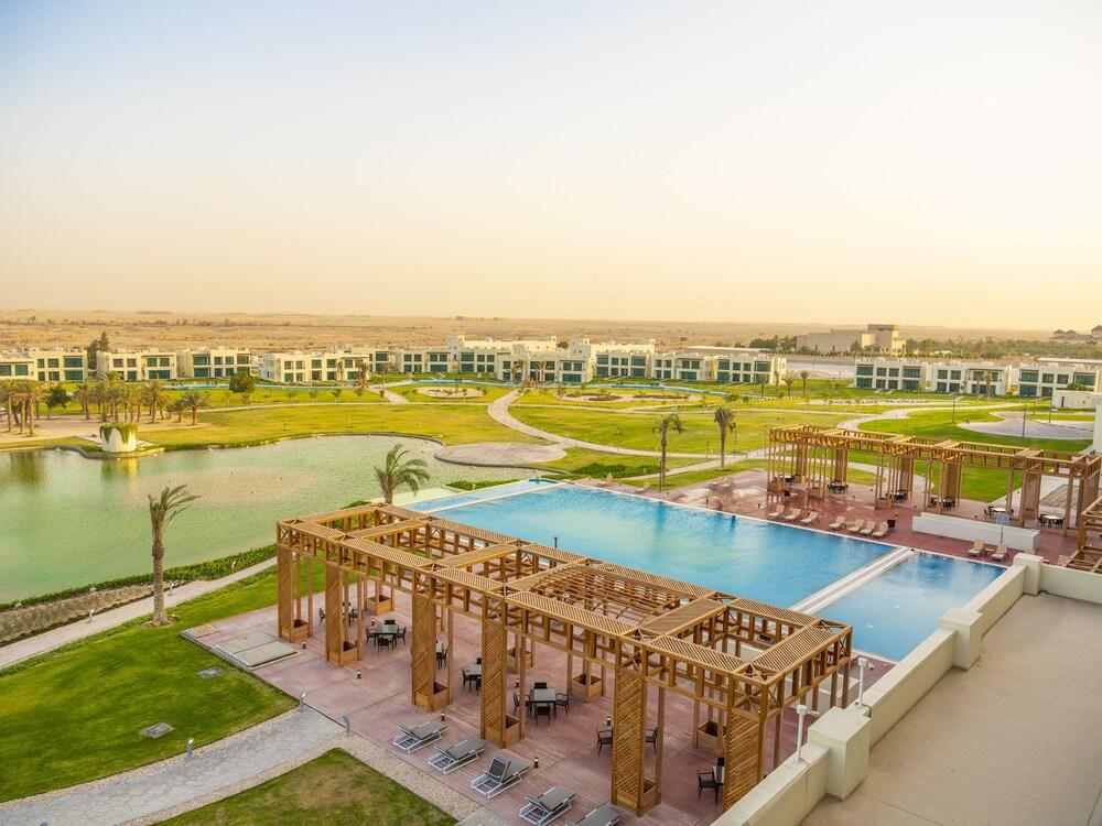 Retaj Salwa Resort & Spa