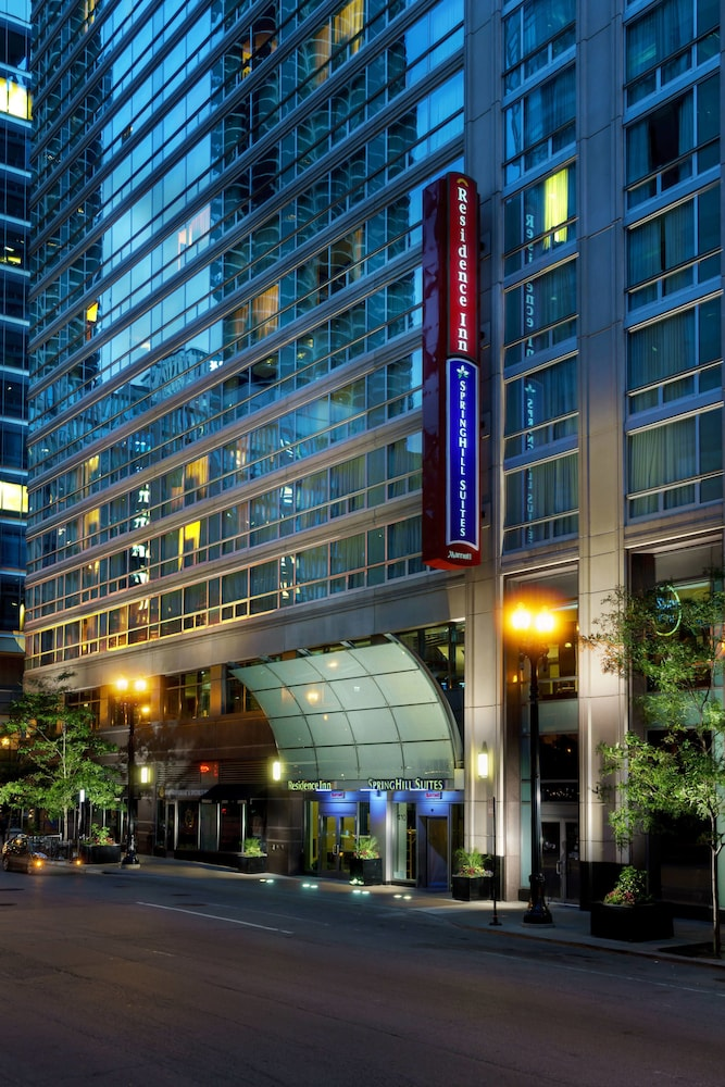 Springhill Suites By Marriott Chicago Downtown River North