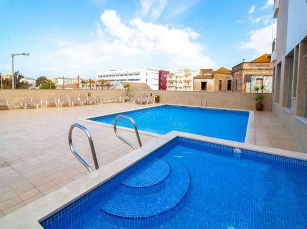 B08 Central 2 bed with Spa And Pool by DreamAlgarve