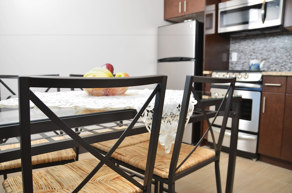 Cjour Apartments
