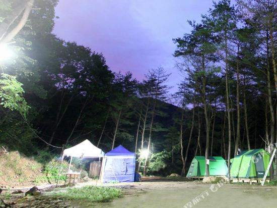 Gallery image of Hongcheon Yongso Valley Pension & Camping