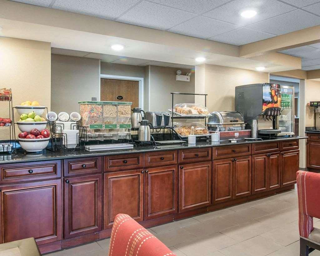 Gallery image of Comfort Inn Saugerties