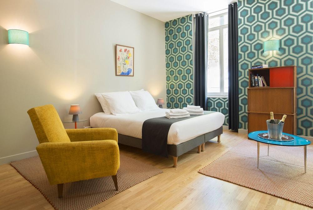 Suites & Hôtel Helzear Champs Elysées