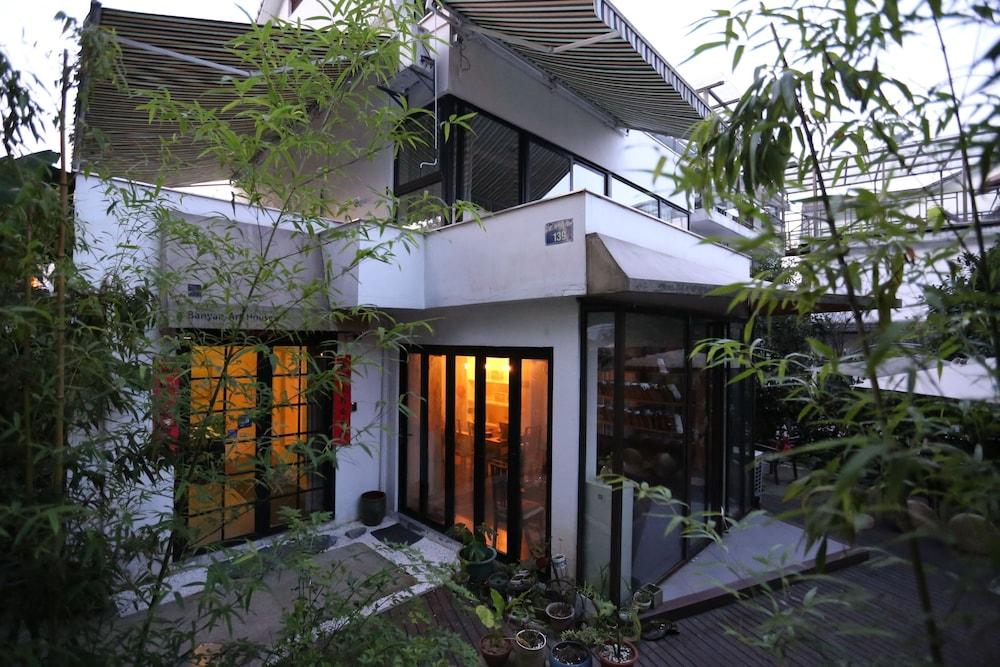 Hangzhou Banyan Art House