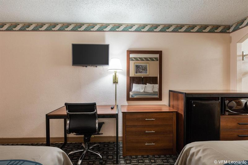 Gallery image of Americas Best Value Inn NRG Park Medical Center
