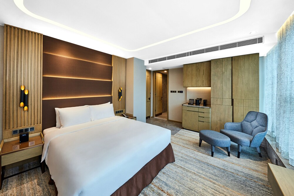 One Eight One Hotel & Serviced Residences