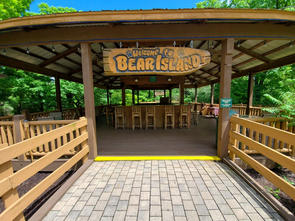 Gallery image of Grand Bear Resort at Starved Rock