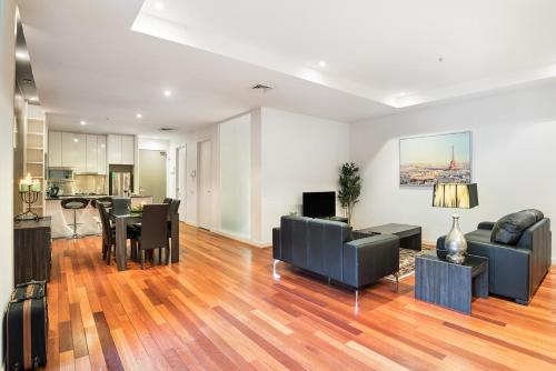 Sanctuary Apartments Collins St CBD