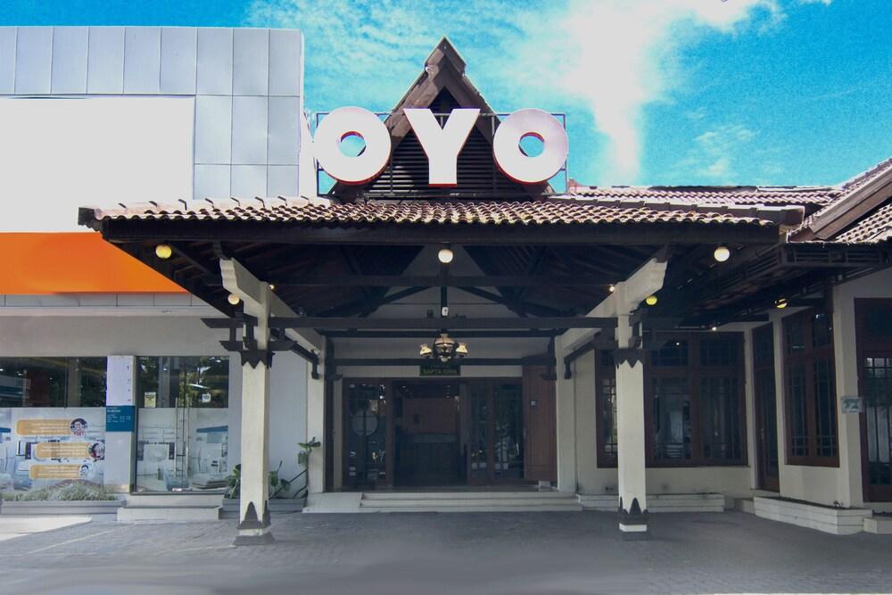 Gallery image of OYO 194 Hotel Sapta Gria