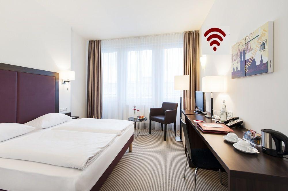 Azimut Hotel Munich