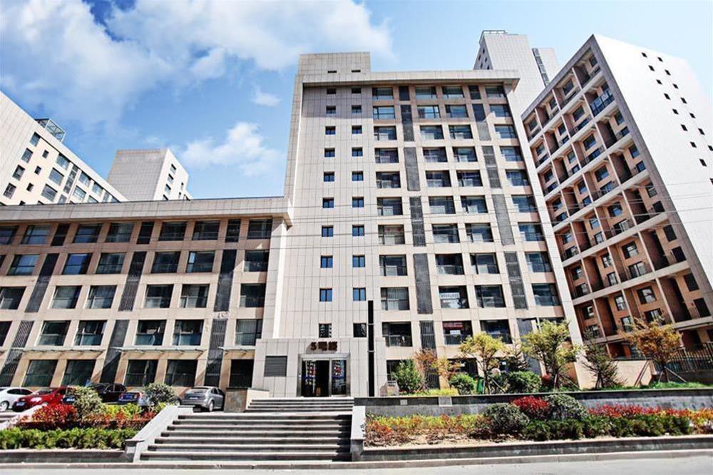 Qingdao Lejiaxuan Boutique Apartment Thumb Plaza
