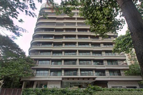 Premium 1BR Retreat near Grand Hyatt Mumbai