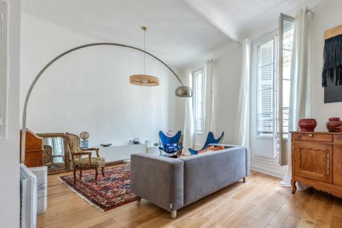 Design 2 br flat close to station and Old Port in Marseille Welkeys