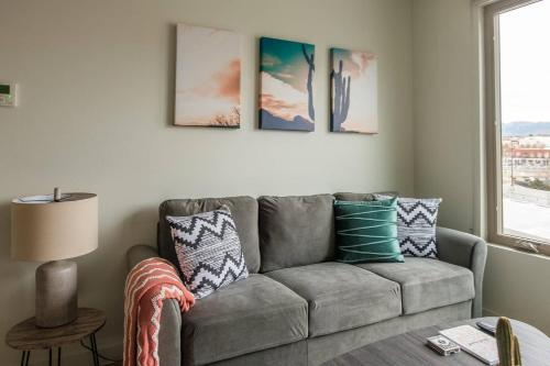 Vibrant and Walkable 2BR Apt