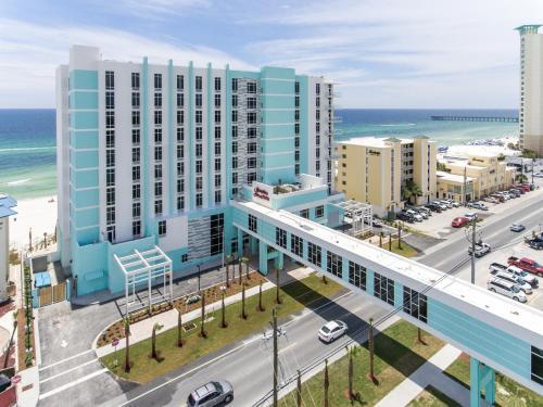 Hampton Inn & Suites Panama City Beach beachfront