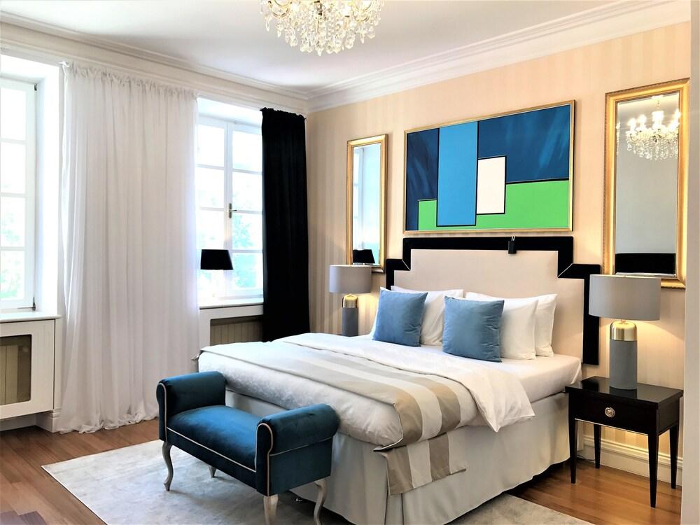MONDRIAN Luxury Suites & Apartments Krakow Old Town