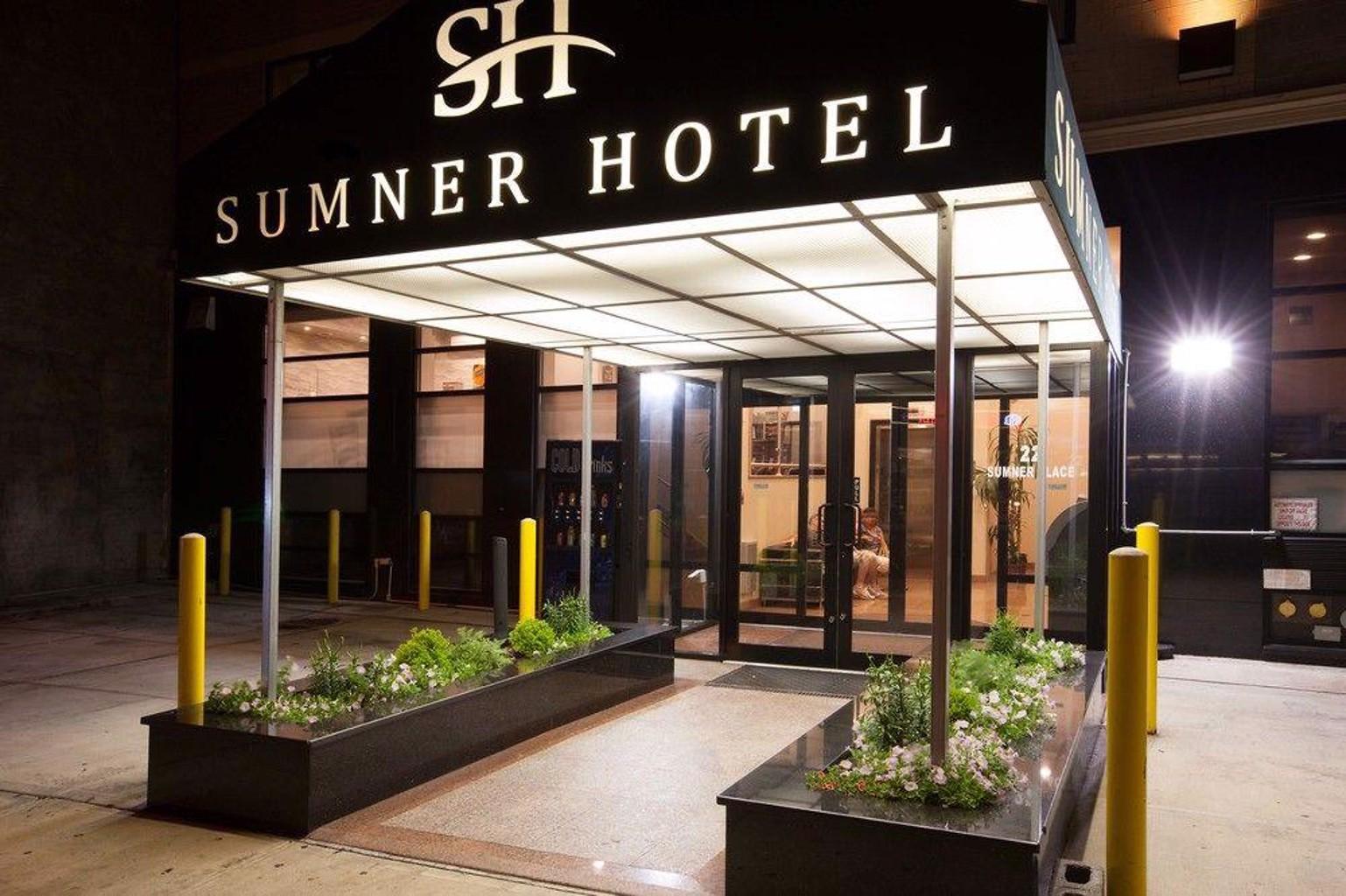 Gallery image of Sumner Hotel