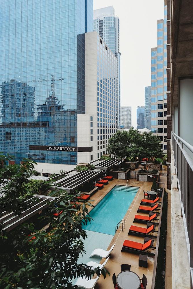 Kasa Austin Apartments
