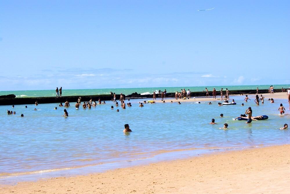 Gallery image of Vela Branca Praia Hotel