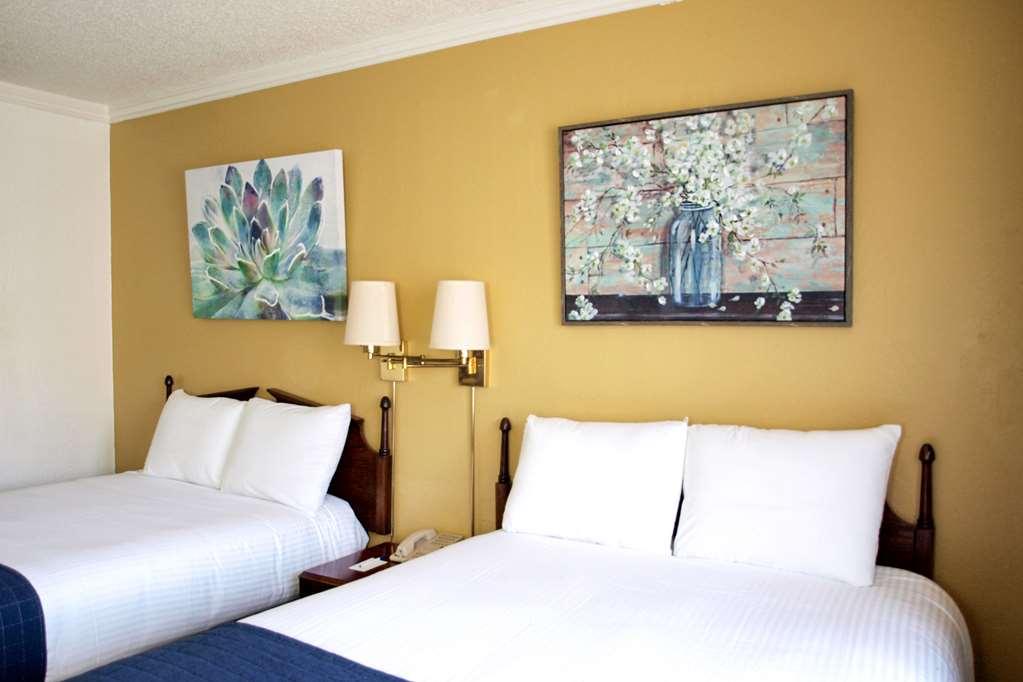 Gallery image of Rodeway Inn Sonora