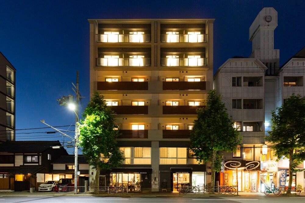 Japaning Hotel Oxa