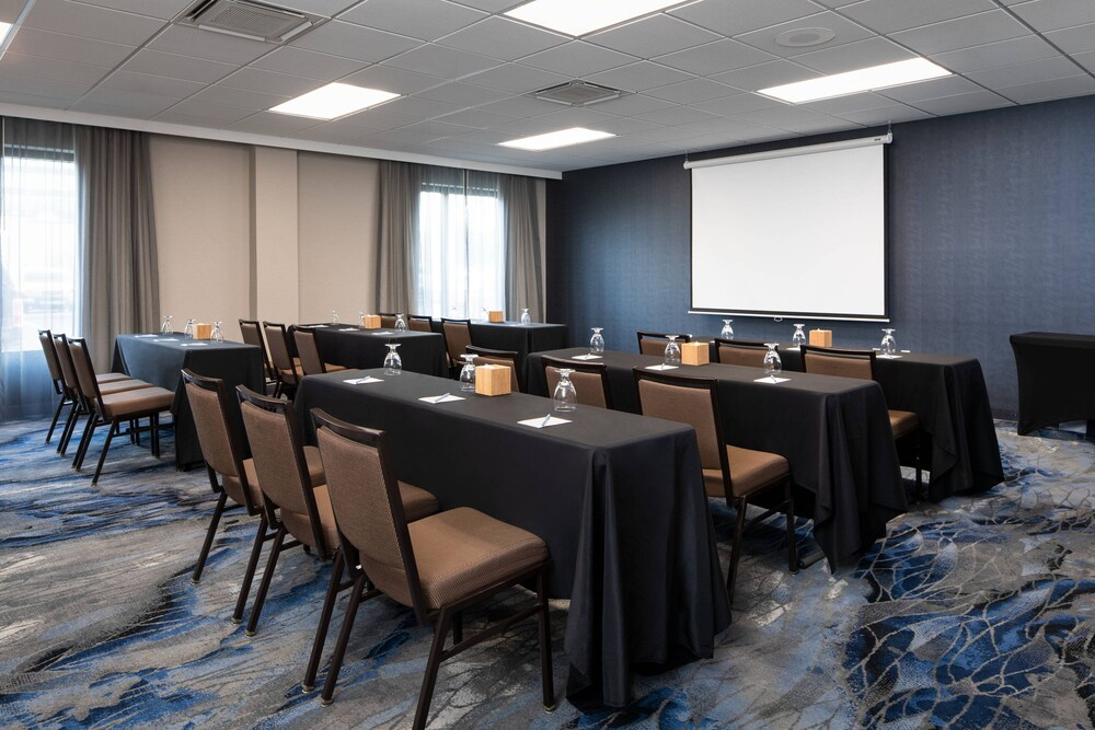Gallery image of Fairfield Inn & Suites by Marriott Charleston