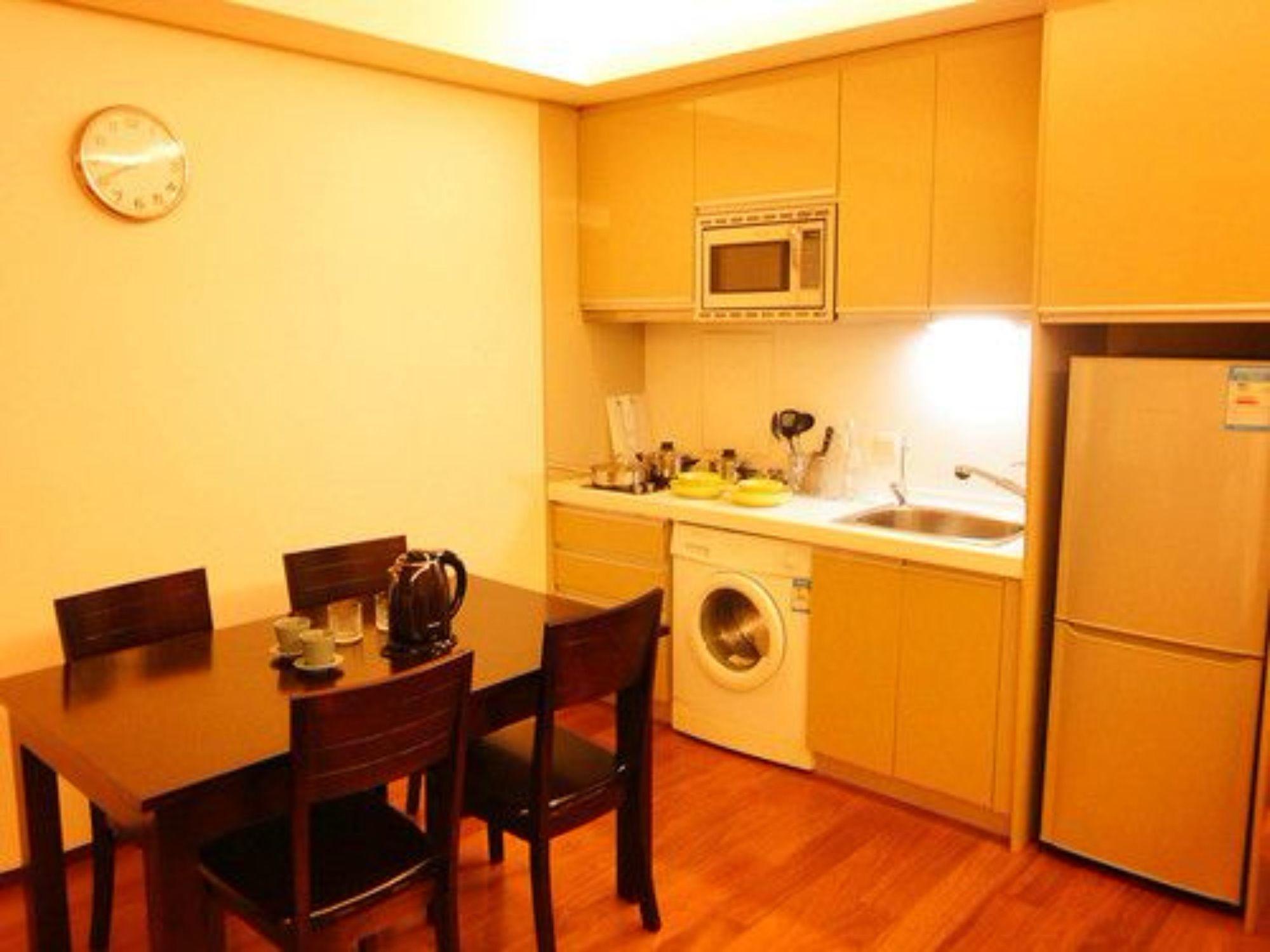 Tianjin Jinta Jinhai Suite Apartment