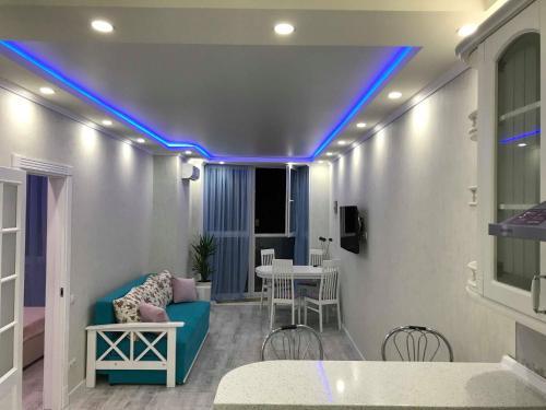 Luxe Apartment On Drahomanova