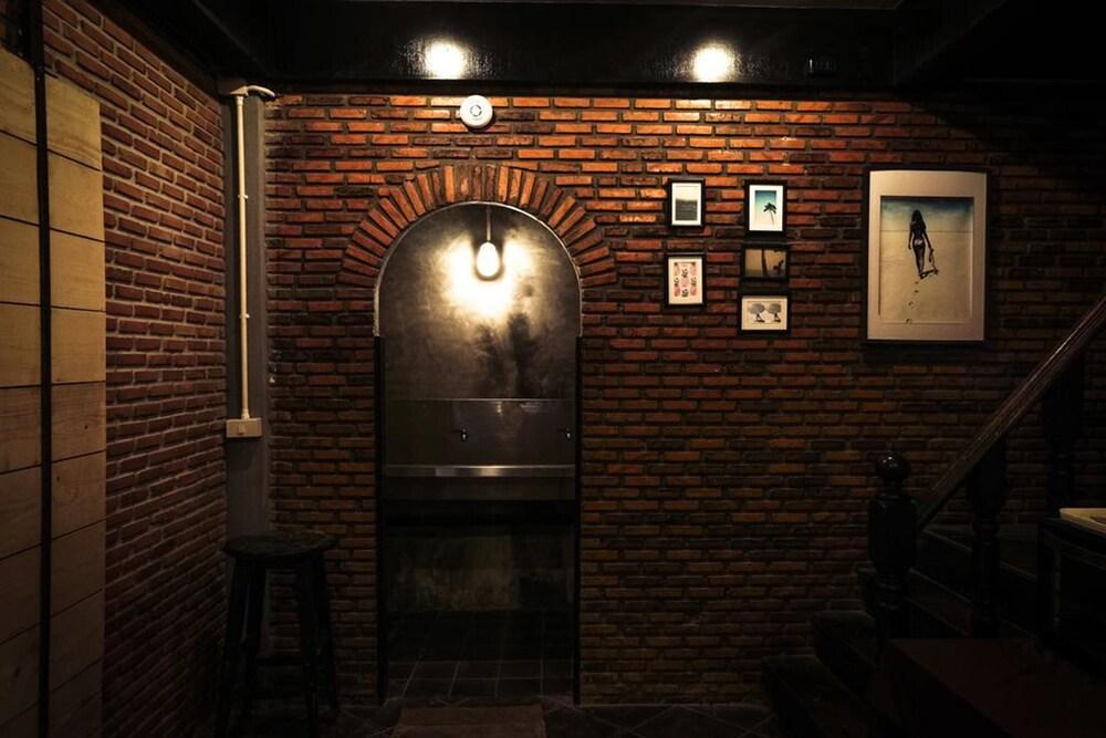 Gallery image of Bed & Ink Hostel Koh Tao