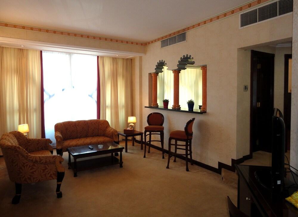 Gallery image of Beach Bay Hotel