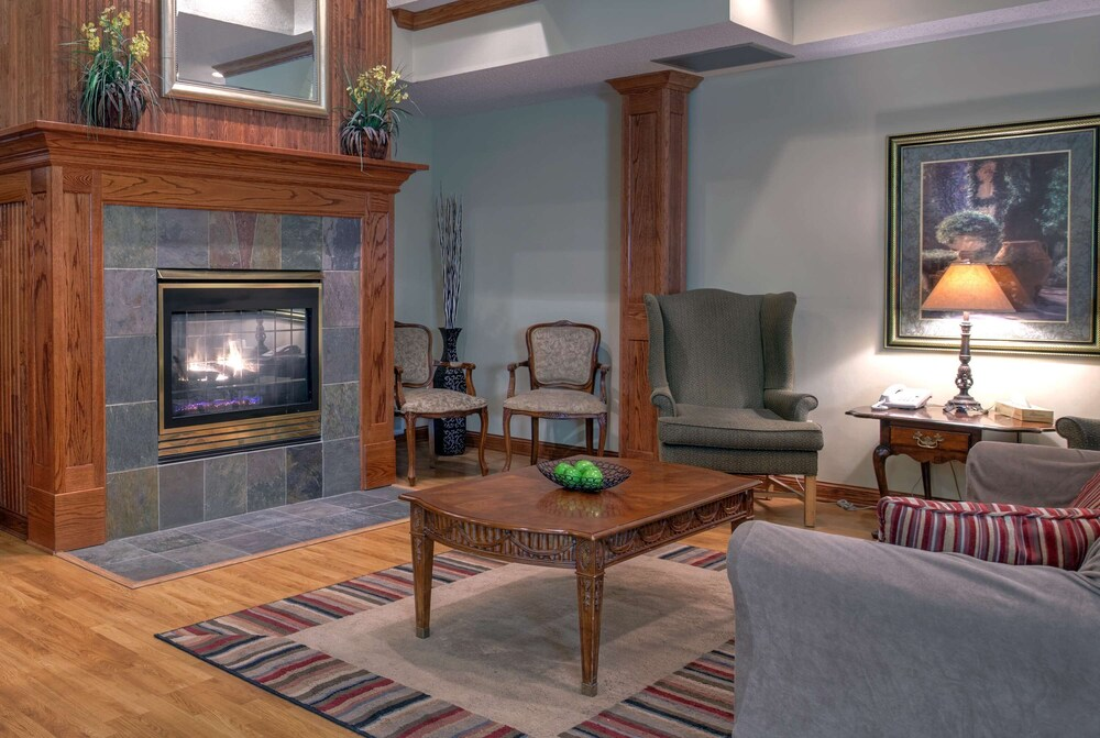 Gallery image of Country Inn & Suites by Radisson Forest Lake MN