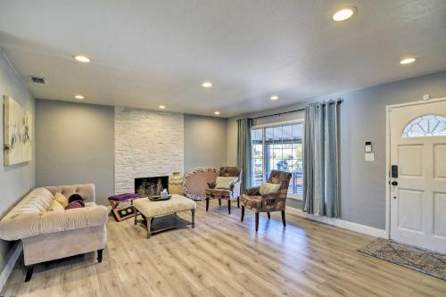 Central Sacramento Home with Pool Mins to Downtown