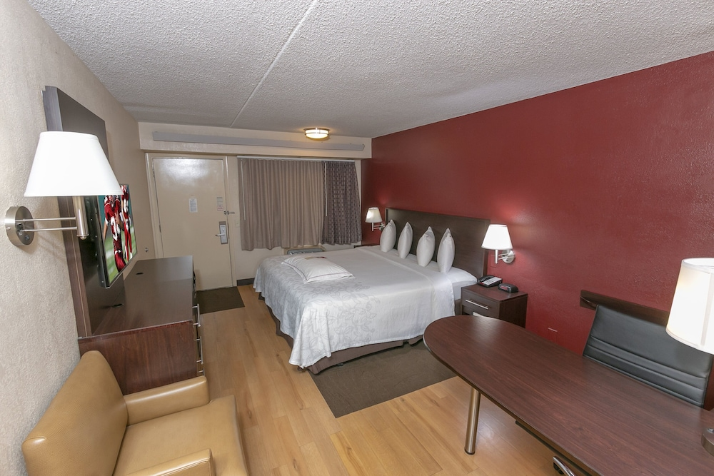Gallery image of Red Roof Inn PLUS West Springfield