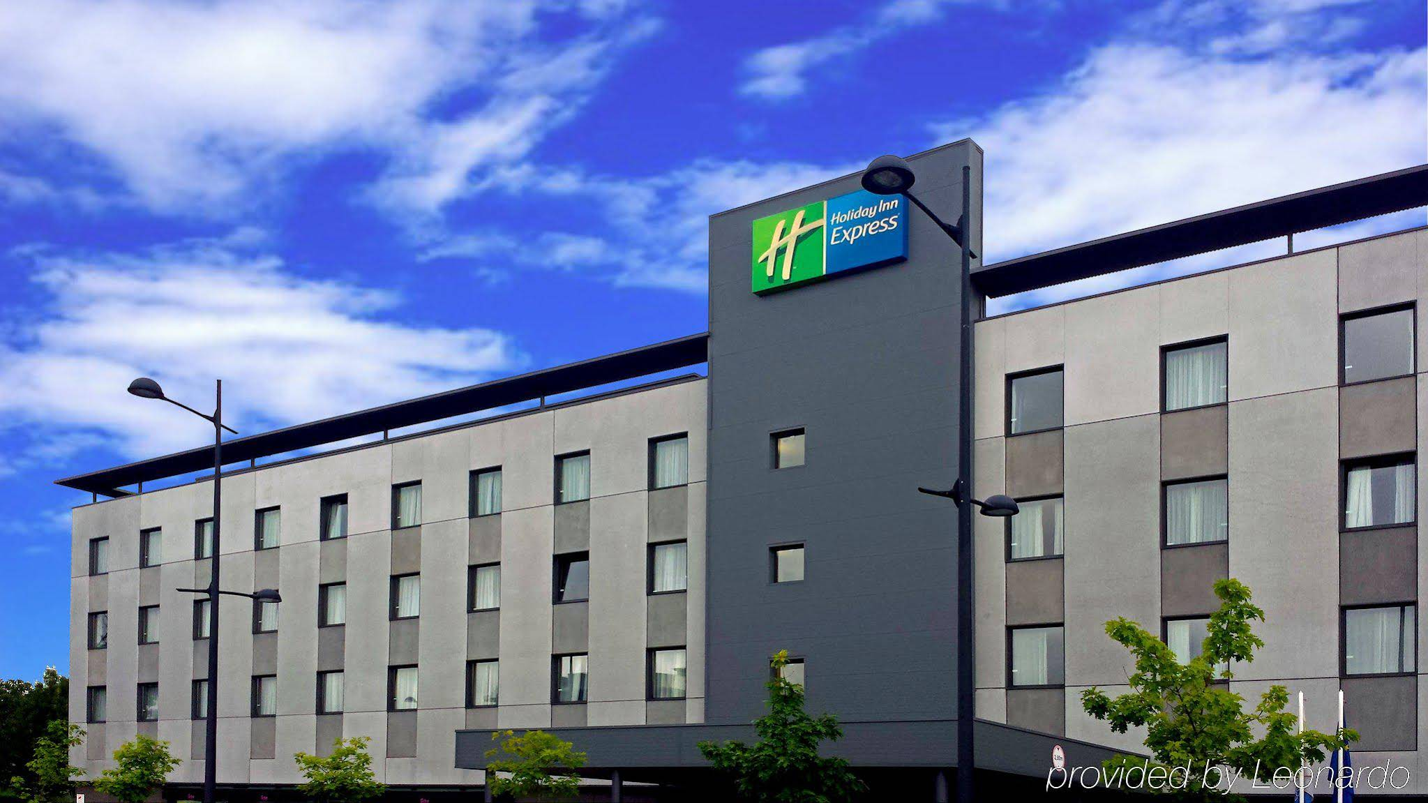 Holiday Inn Express Bilbao - Derio