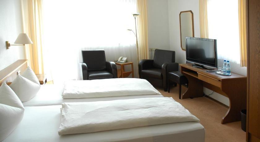 Gallery image of Hotel garni 'Zum Weinkrug'