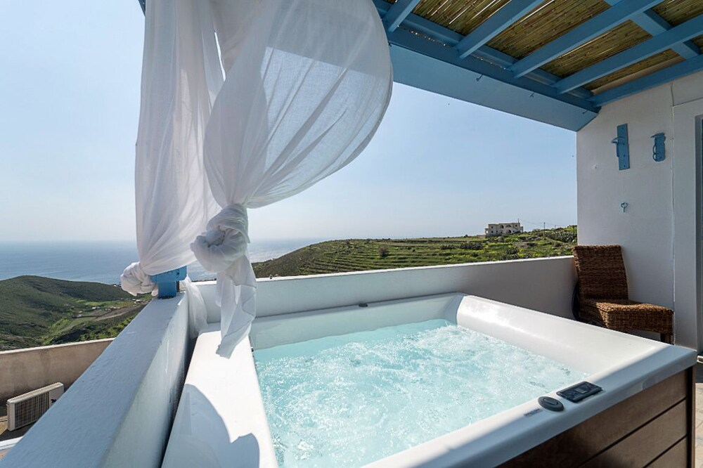 Galazio House Hot Tub & Sea View