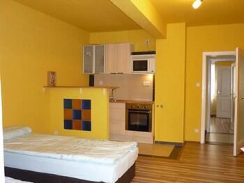 Flex Appartements (فلکس آپارتمنتس) Featured Image